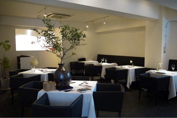 エトワールに一番近いレストラン/UEHARAの写真2