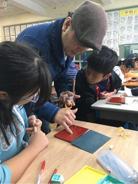 募集/漆の出前授業ボランティア及び授業実施校の写真2