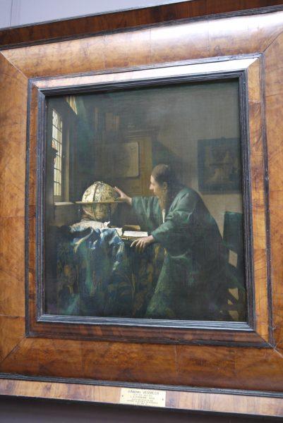 パリの漆たち① ルーブル美術館の写真3
