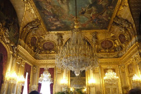 パリの漆たち① ルーブル美術館の写真5