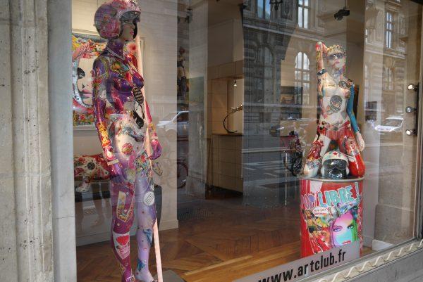 パリの漆たち① ルーブル美術館の写真9