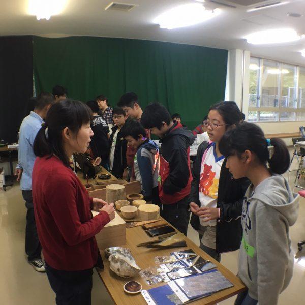 漆の出前講座/宜野湾市博物館の写真3